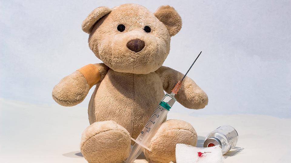 Heute waren wir beim Kinderarzt, um die Tropentauglichkeit für Kinder zu prüfen.